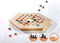 Stein im Brett - Spielbrett sechseckig und Spielsteine als Holzlinsen